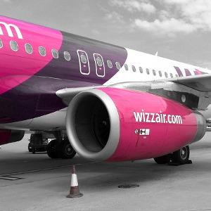 Walizka WizzAir. Bagaż podręczny i rejestrowany. Wymiary i waga