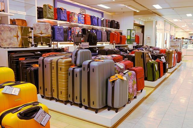 3c06bc2e6fdc7 Gdzie kupić walizkę? - Walizki