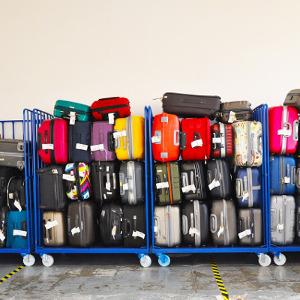 Ile może ważyć bagaż do samolotu?